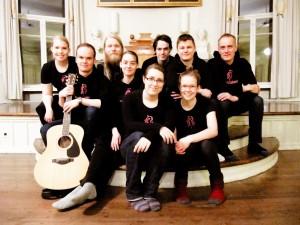 Uniikki Unikornin kokoonpano keväällä 2013.
